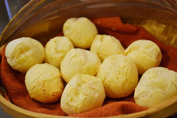 Pão de queijo bolinha (2)