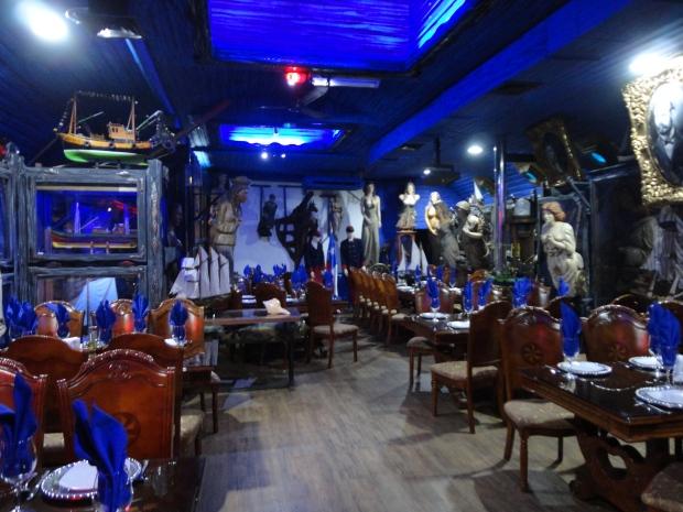 Essa é só uma das inúmeras salas de jantar do restaurante. Os detalhes são impressionates!